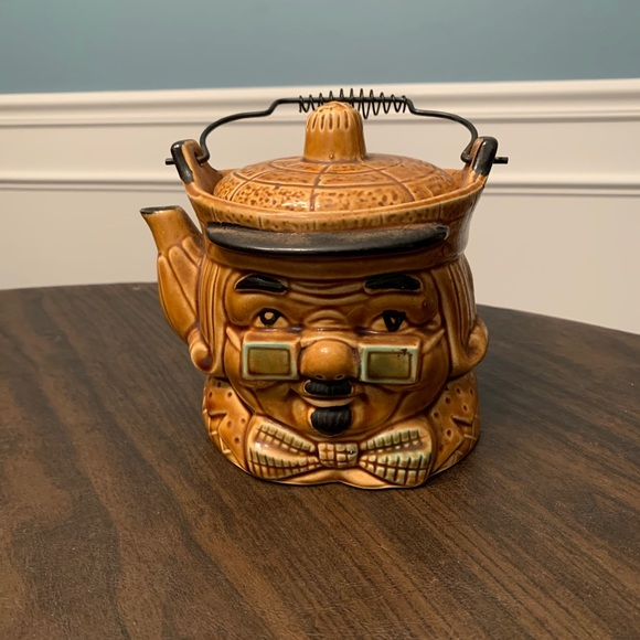 SOLD:  Quaker pot from Japan